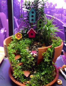 broken-pot-fairy-garden-14